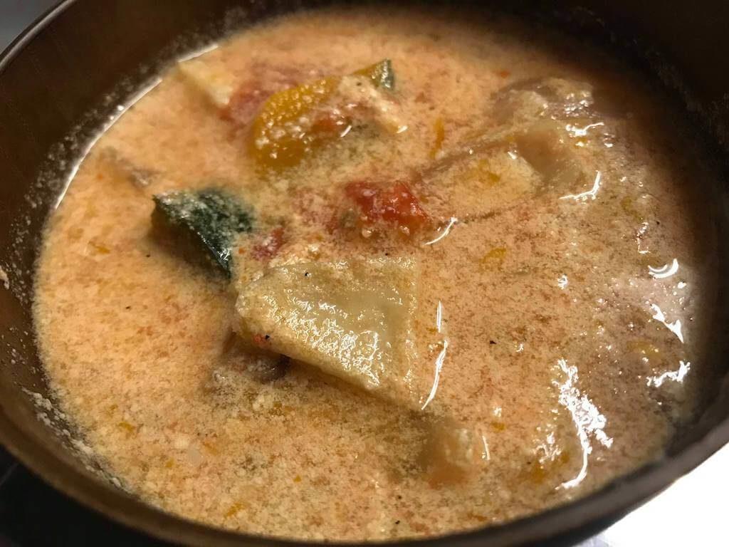 ヘルシー!野菜どっさり豆乳トマトスープ